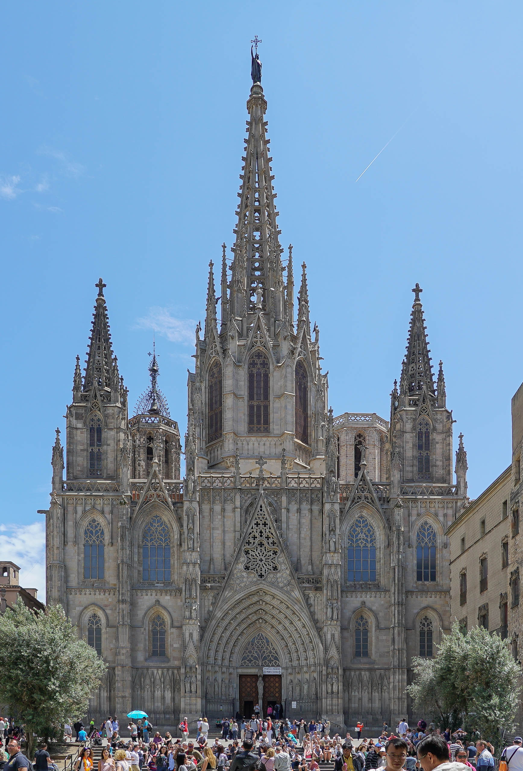 28786720762 4a6d3fe170 o Barcelonas districts, this month: Gothic quarter