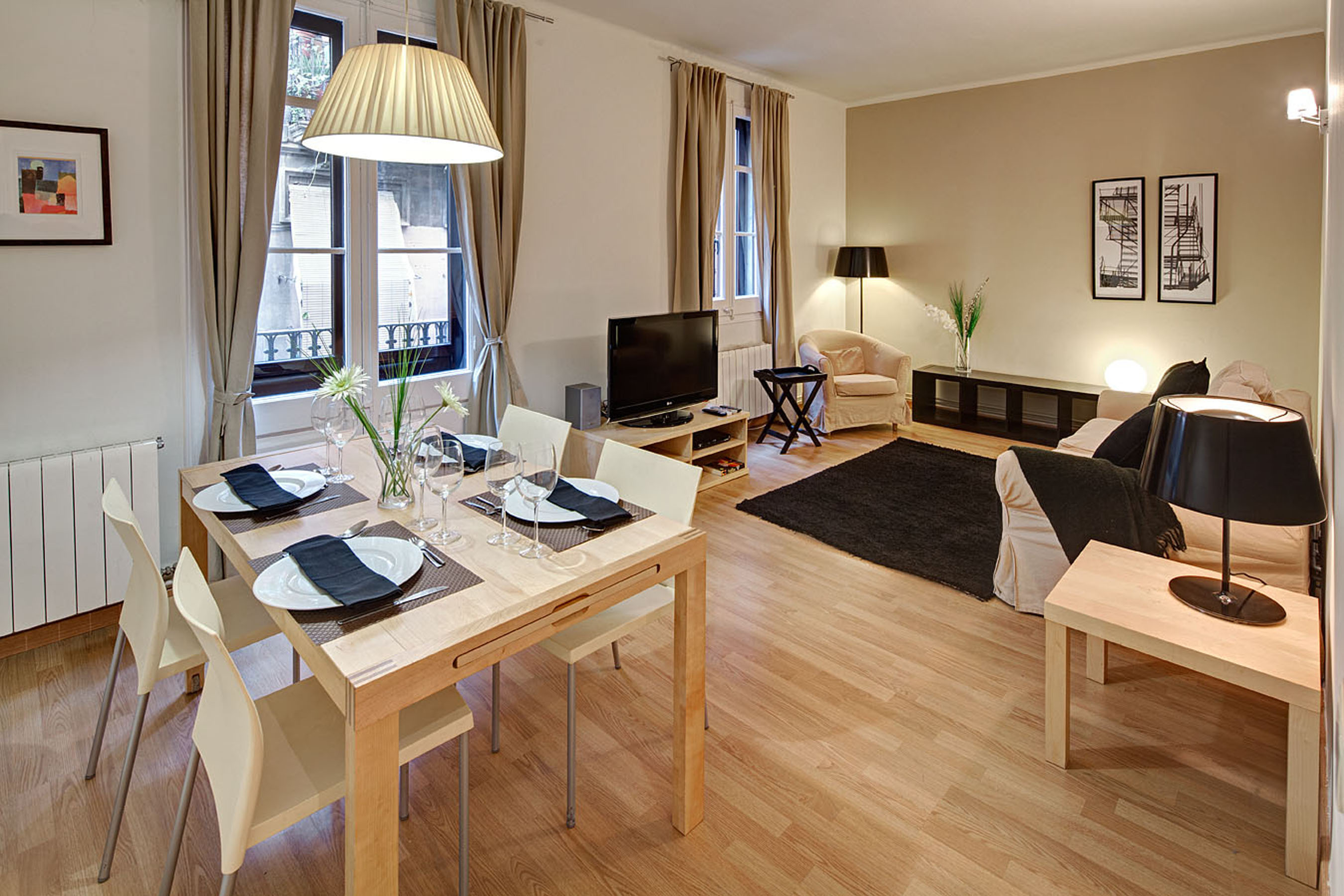 Art 3 apartment barcelona living Amazing Apartments next to Las Ramblas   the Heart of Barcelona