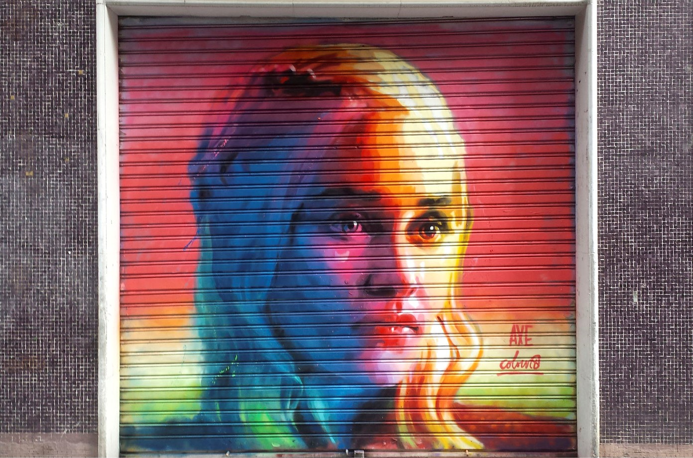 Axe colours Daenerys Targaryen Picture courtesy of Axe Colours Best street art in Barcelona