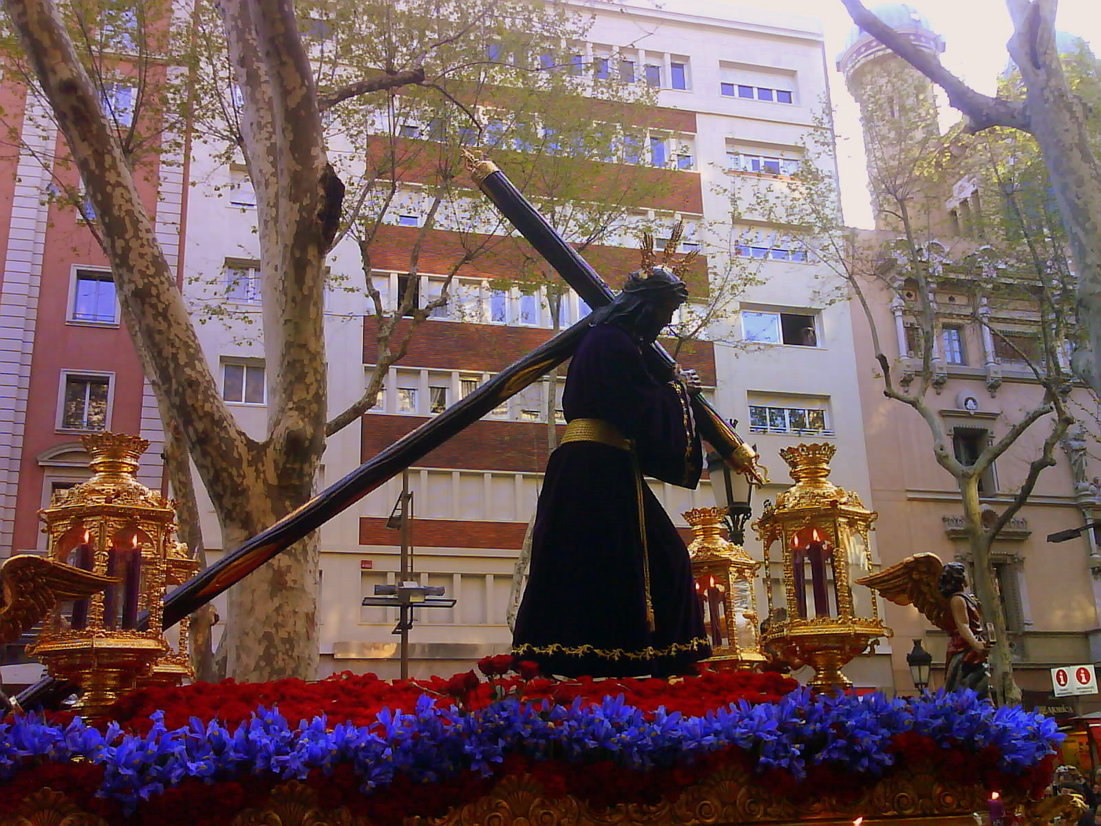 Easter Procession in Barcelona Kevin Hutchinson flickr March in Barcelona