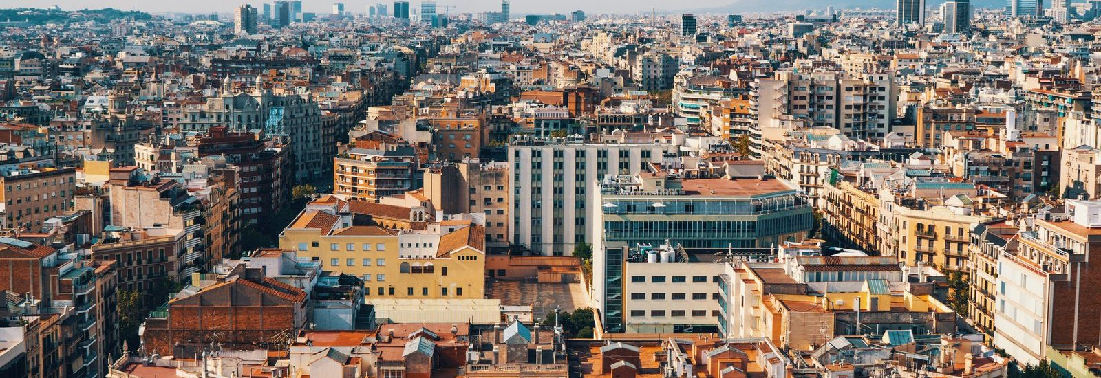 Eixample district by Erwan Hesry | Unsplash