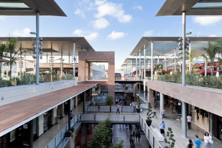 La Maquinista Picture courtesy of Archilovers on Pinterest e1560258137967 District of the month: Sant Andreu