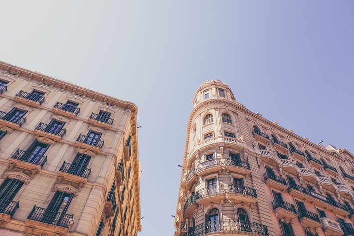 Marco Da Silva Unsplash Unbeatable location of JAZZ BCN Apartments