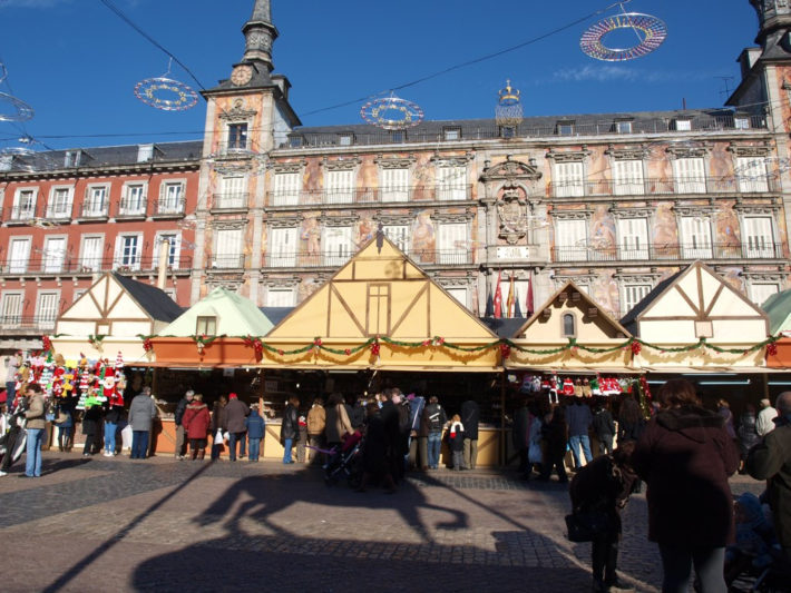 Plaza Mayor Christmas Market by Elizabeth Dana flickr e1542806560592 December in Madrid