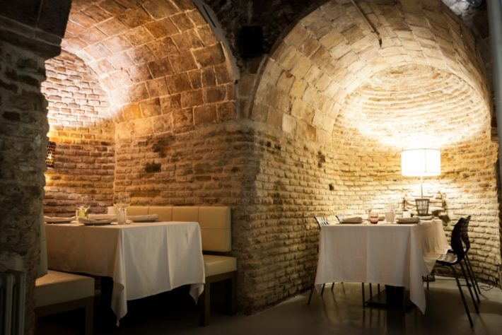 Restaurante Bodega de los Secretos 11 copia e1538041425682 The Must Spots for Foodies in Madrid
