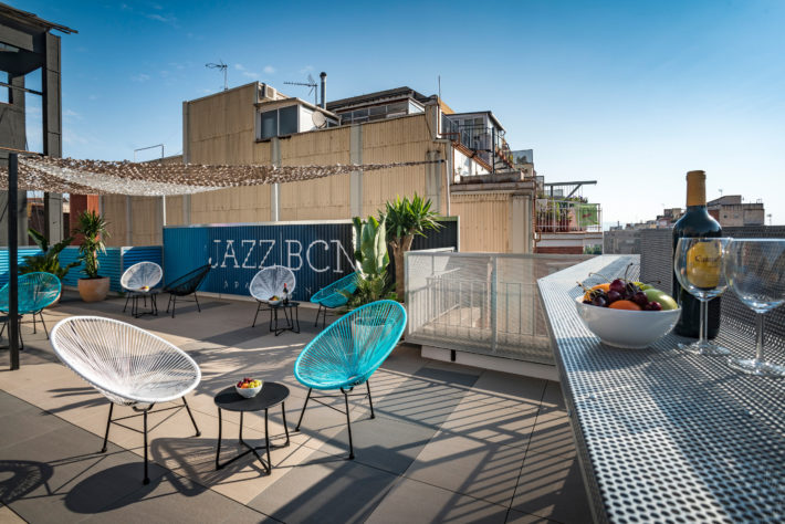TERRASSA JAZZ COOL 07 e1536318989715 Jazz BCN Apartments: New Rooftop Terrace