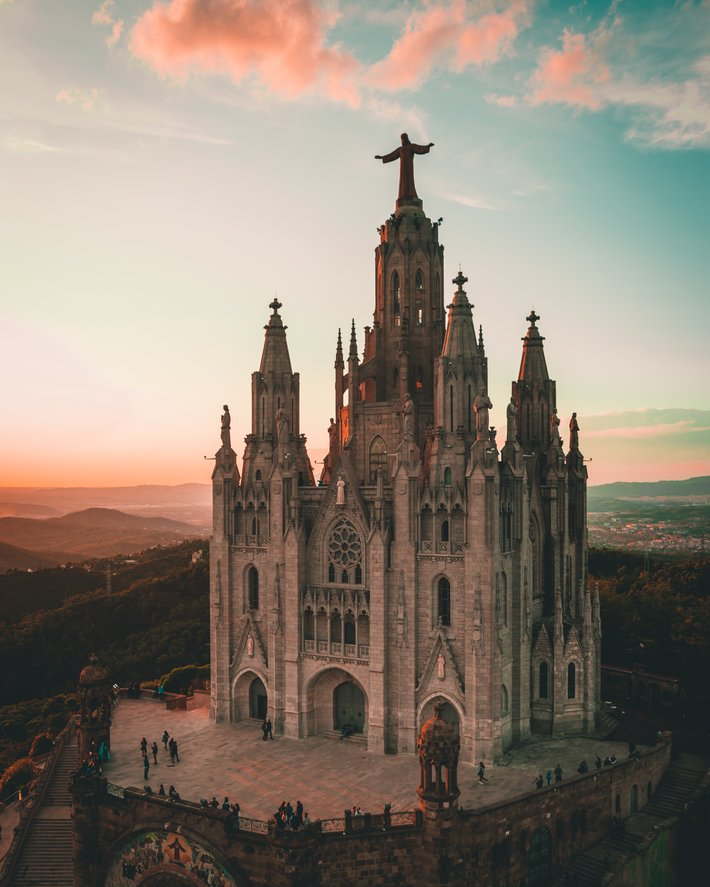 Temple of the Sacred Heart of Jesus Photo by Biel Morro Unsplash District of the month   Sarrià Sant Gervasi