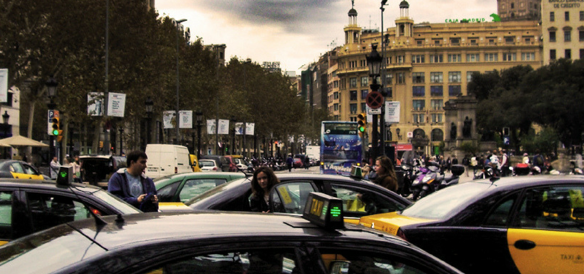 Taxi by Juan Salmoral | flickr