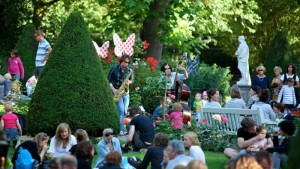 ZOOmeravond home 300x169 Amsterdam Summer  Festivals and events