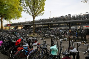 amsterdam bike storage