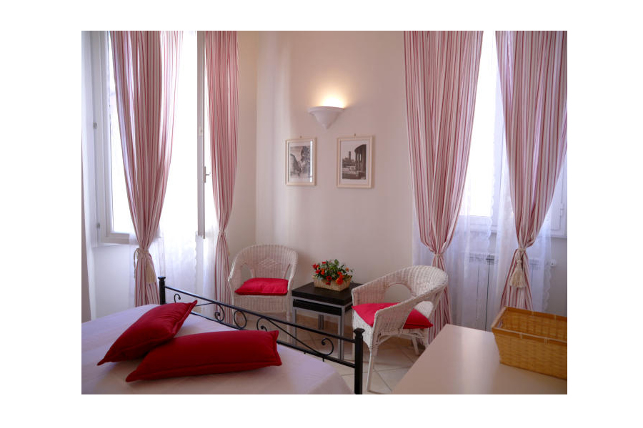 augustus apartment rome bedroom chairs December in Rome   write your own Christmas story