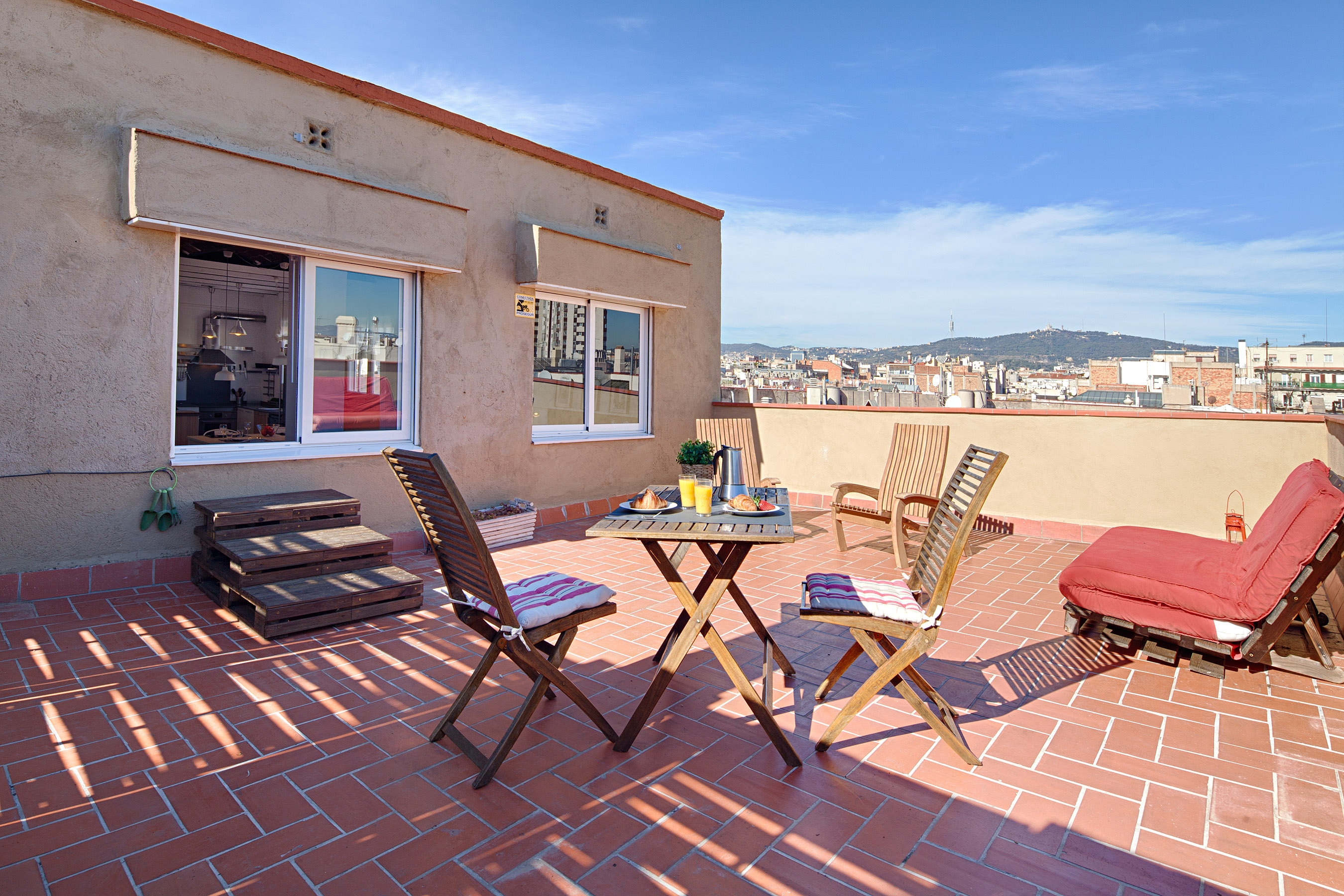 bailen attic apartment barcelona terrace Apartments with beautiful views over Barcelona