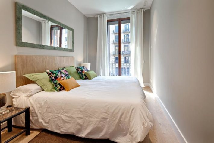barcelona plaza suites apartment barcelona  bedroom 31 e1535970208517 Featured Apartment of the Month – Barcelona Plaza Terrace