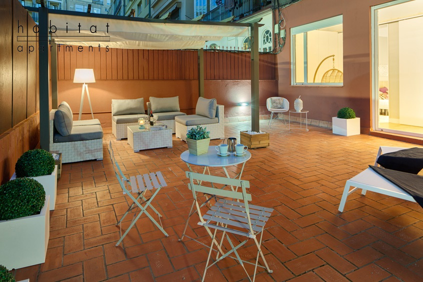 barcelona plaza terrace apartment barclona terrace 3 The Best Rooftop Terrace Bars That Barcelona Has to Offer!