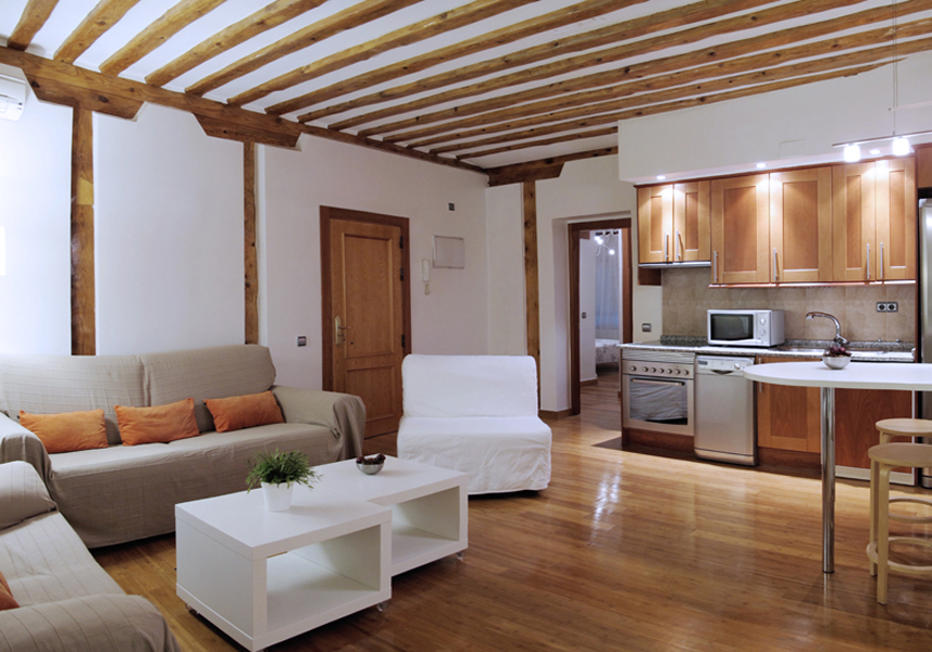 contemporaneo madrid apartment kitchen view a August in Madrid   Packed with Great Activities!