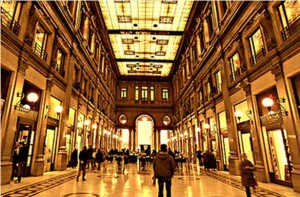 galleria alberto sordi 300x197 Galleria Alberto Sordi: art and shopping in Rome