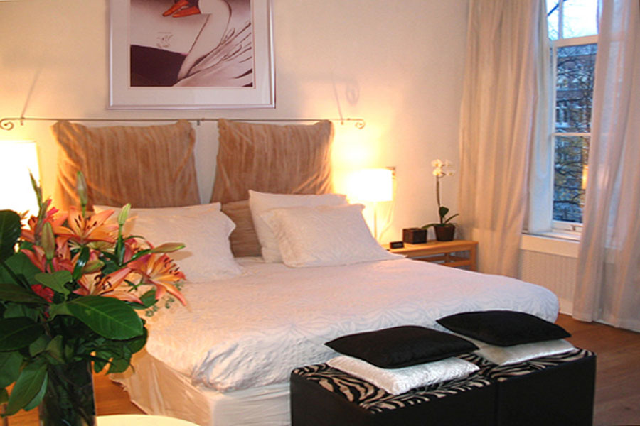 keizersgracht apartment bedroom amsterdam December in Amsterdam   the Top 10 Christmas activities