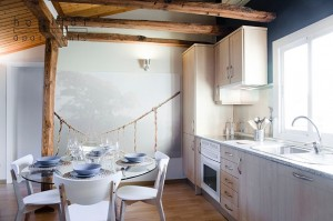 latina-atico-apartment-kitchen-madrid-b(1)