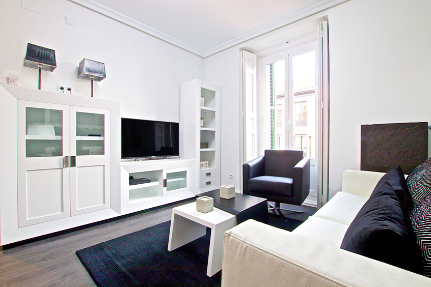 latina-cubic-apartment-madrid-tv-living-room