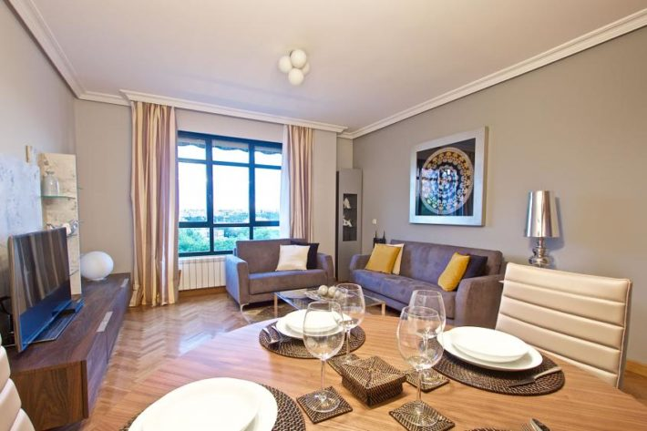 latina nature apartment madrid living dining room 2 e1527073934272 June in Madrid
