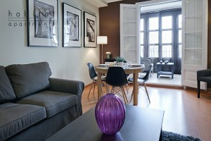 lauria veranda apartment living area 300x200 Lauria Building   stay in a lively area