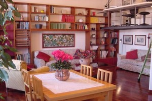 margherita bright apartmant rome bookcase b 300x200 Large Group Holidays in Rome from 26 euros ppn