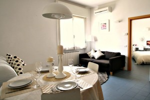 pitti apartment florence4 300x199 Visit Florence in December!