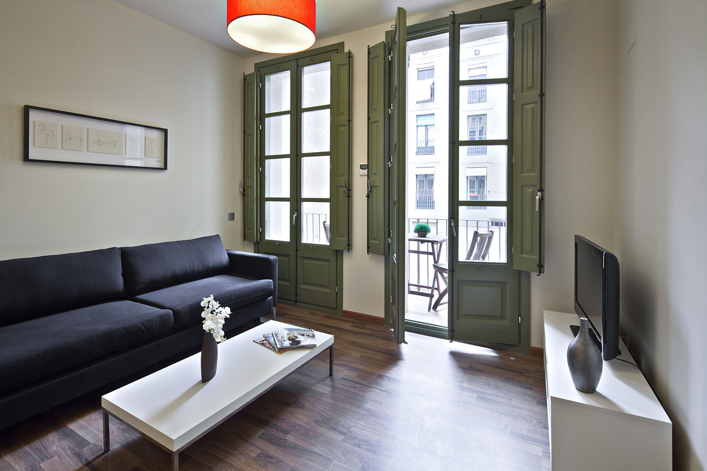 plaza real 23 apartment barcelona 4 Amazing Apartments next to Las Ramblas   the Heart of Barcelona