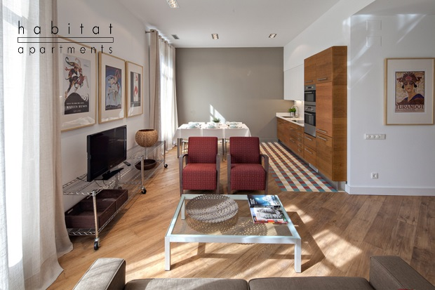 rambla deluxe b apartment barcelona living a b1 DISCOUNT DAY IN HABITAT APARTMENTS